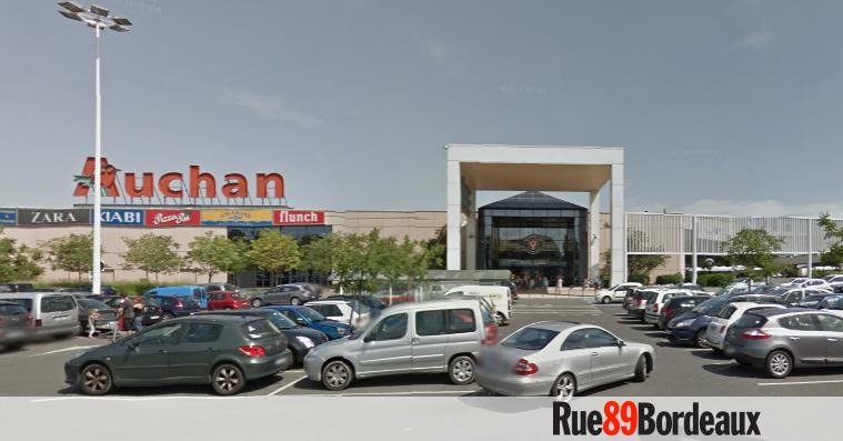 auchan agrandira sa galerie de bordeaux lac pour primark rue89 bordeaux. Black Bedroom Furniture Sets. Home Design Ideas