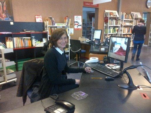 Dominique Dat, directrice de la bibliothèque municipale du Grand Parc, à Bordeaux (Photo Elsa Dorey/Rue89 Bordeaux)