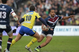 Darly Domvo, bachelor en marketing et 15 titulaire de l'UBB (Michel Campistrau/UBB)