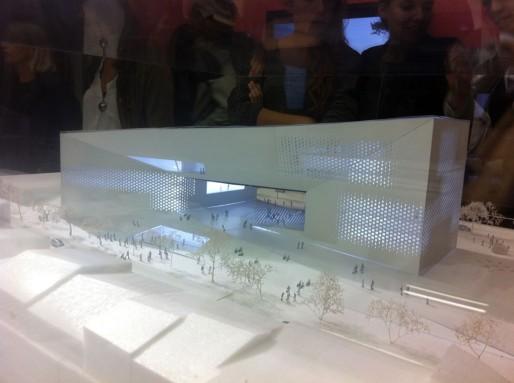 La maquette du projet retenu pour la Meca exposé à Arc-en-rêve (WS/Rue89 Bordeaux)
