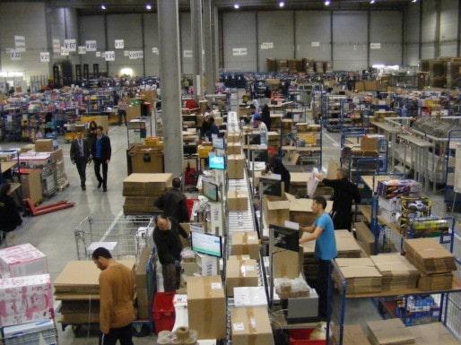 Dans ses entrepôts de Cestas comme à son siège bordelais, Cdiscount recrute actuellement (SB/Rue89 Bordeaux)