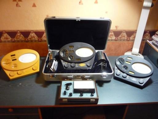 Il fallait pousser les membres de la scientologie à acquérir les électromètres les plus récents. Ici, la collection de Roger Gonnet (RG)