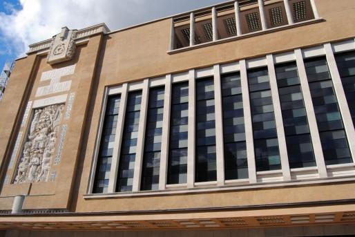 La façade rénovée de la Bourse du travail avec le bas-relief d'Alfred Janniot (WS/Rue89 Bordeaux)