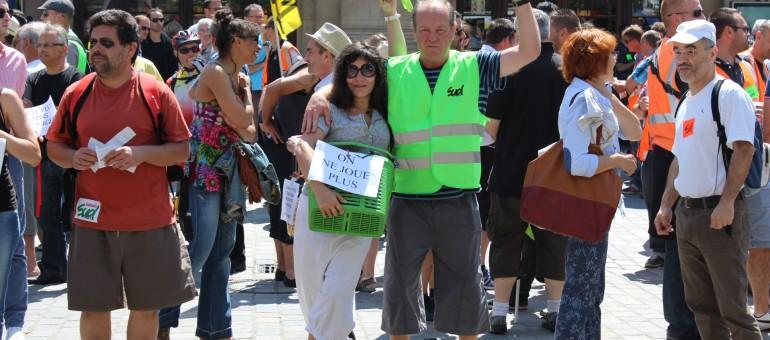 Cheminots et intermittents solidaires dans la lutte