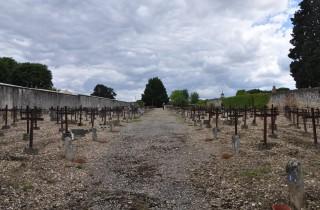 Plus de 3000 âmes reposeraient dans le Cimetière des Oubliés de Cadillac (Photo Tiphaine Maurin/Rue89 Bordeaux)