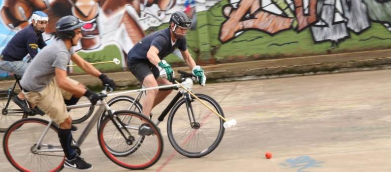 Tournoi international de Bike Polo à la Caserne Niel