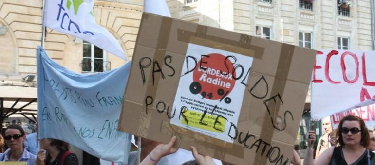 Manif du 25 juin 2014 contre les modalités bordelaises de la loi Peillon (Photo Bordeaux ensemble pour la réforme des rythmes scolaires/facebook)