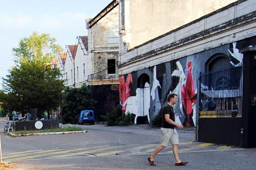 Les magasins généraux sud, le bâtiment qui fait face à Darwin (WS/Rue89 Bordeaux)