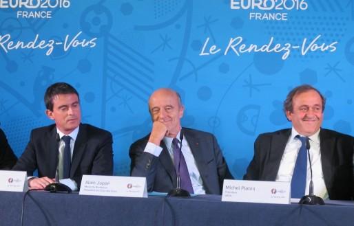 Manuel Valls, Alain Juppé et Miichel Platini à Bordeaux en 2014. (SB/Rue89 Bordeaux)
