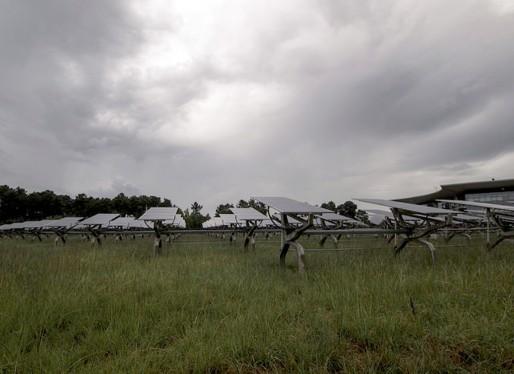 Panneaux d'électricité photovoltaïque à la technopole Bordeaux Montesquieu (Paul-Michaël Borgne/flickr/CC)