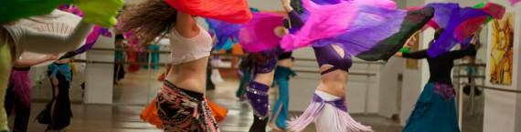 Un cours de danse orientale (Photo Racha Rhd)