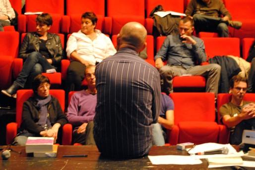Guillaume du Boisbaudry face au public pour la Palabre #2 (WS/Rue89 Bordeaux)