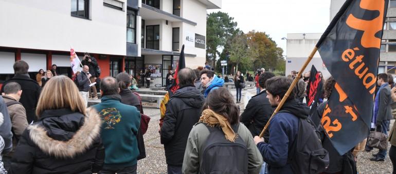 Etudiants et enseignants bordelais contre les «économies de bouts de ficelle»