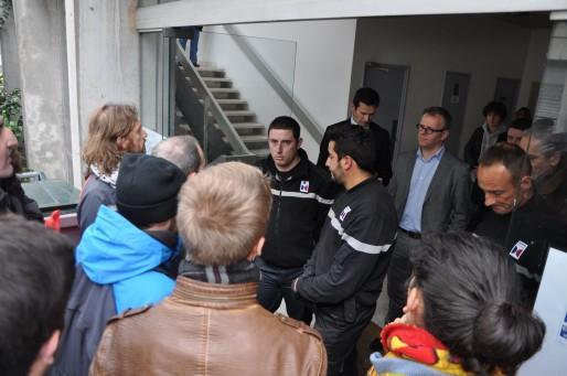 Situation tendue entre manifestants et agents de sécurité à l'Université de Bordeaux (XR/Rue89Bordeaux)