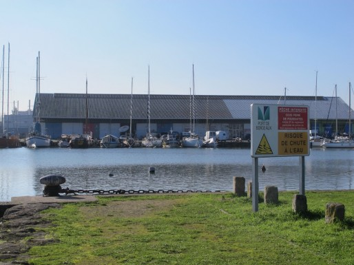 Les jours sont comptés pour les hangars du port de plaisance (SB/Rue89 Bordeaux)