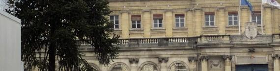Les gardes-mobiles quittent la place Pey Berland, le 18 janvier (A.C.).
