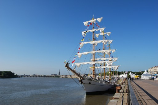 Un voilier à quai à Bordeaux (WS/Rue89 Bordeaux)