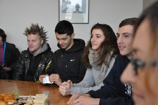 Nohan, Rémi, Ségolène et Jean-Baptiste, marcheurs invités à l'hôtel de région (Xavier Ridon / Rue89 Bordeaux)