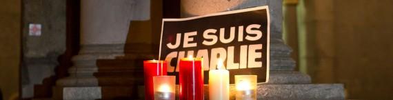 Hommage à Charlie Hebdo (photo Elya)