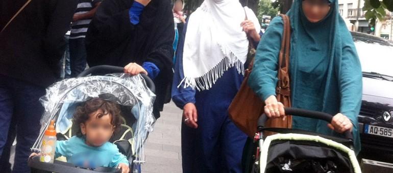 Islamophobie en France : le pays «devient fou», juge Alain Juppé