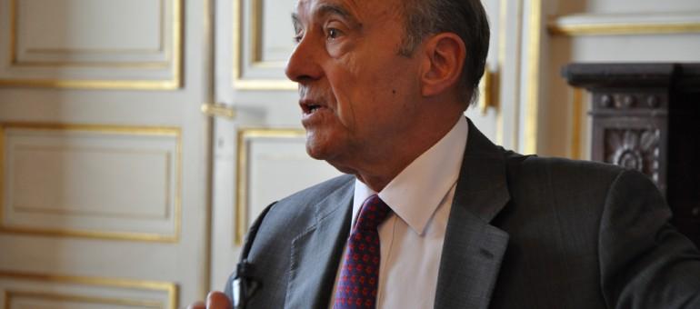 Juppé condamné pour diffamation envers Mélenchon