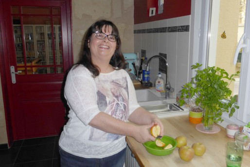 """Pionnière en France, Anne Lataillade tient son blog culinaire """"Papilles & Pupilles"""" depuis 2005. Il figure dans le top 3 des blogs food de l'Hexagone."""