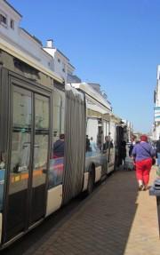 Montée dans un des bus de Tbc (AC/Rue89 Bordeaux)