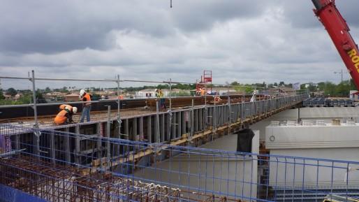 Le chantier du pont Beyerman, à Bruges, sur lequel passera le tram-train du Médoc (DR)