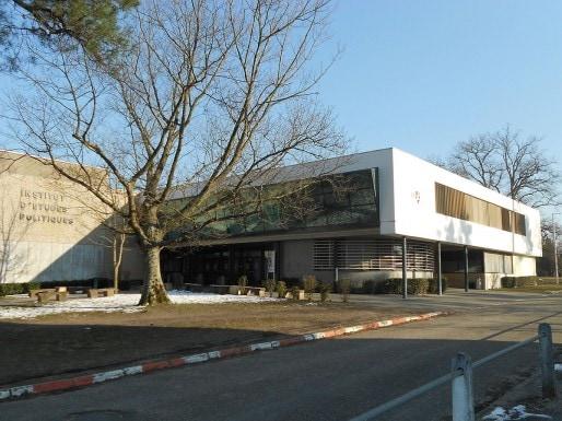 L'Institut des études politiques de Bordeaux (Wikipedia)