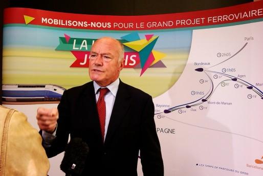 """Alain Rousset à la manifestation """"LGV, j'y vais !"""" (SM/Rue89 Bordeaux)"""
