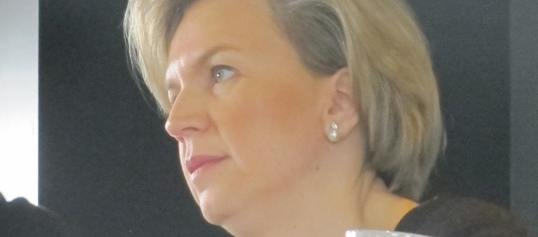 Régionales : l'UMP choisit Virginie Calmels