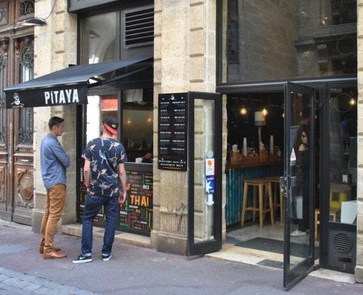 Les enseignes Pitaya se multiplient à Bordeaux, et bientôt ailleurs en France (BBC/Rue89 Bordeaux)