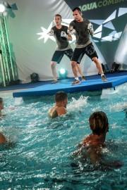 Nouvelle discipline, l'aquaCombat allie fitness et arts martiaux. Très efficace pour se défouler! DR