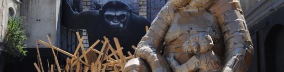 Installation de Laurence Vallières et Zarb sur la thématique des grands singes à Darwin (WS/Rue89 Bordeaux)
