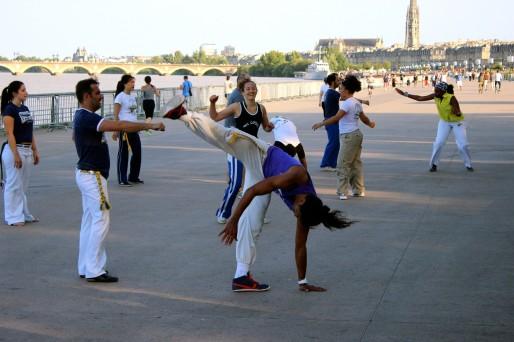 Entre danse et art martial, la Capoeira est directement liée à l'histoire de l'esclavage (AD/Rue89 Bordeaux)