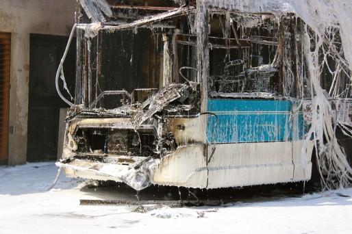 Le feu qui s'est déclaré à l'arrière du bus s'est vite propagé (AD/Rue89 Bordeaux)
