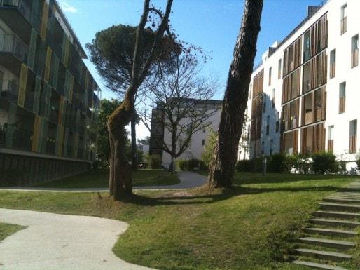 Une opération immobilière récente à Gradignan, où les prix sont contenus à 2500 euros/m2 (SB/Rue89 Bordeaux)
