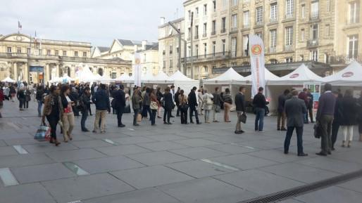 Forum de l'emploi sur la place Pey Berland à Bordeaux (DR)