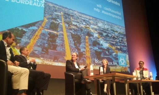 Xavier Niel, le patron de Free, au centre (SB/Rue89 Bordeaux)