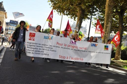 Entre 1700 et 3000 personnes ont défilé ce jeudi à Bordeaux (XR/Rue89 Bordeaux)