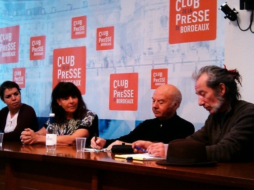 Les 7 de Bussière et leur comité de soutien mardi au Club de la Presse de Bordeaux (SM/Rue89 Bordeaux)