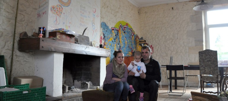 Squats à Bordeaux : du bidonville à la «maison du bonheur»