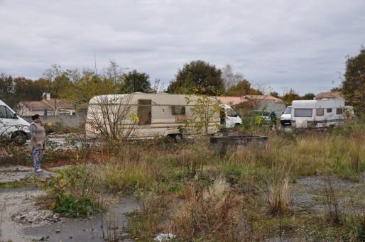 Déménagement des Roms vers Mérignac en novembre 2015 (Xavier Ridon/Rue89 Bordeaux)