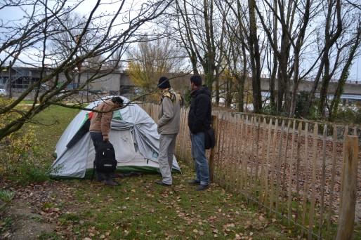 Samulay et ses compagnons s'installent dans le parc aux Angéliques (AD/Rue89 Bordeaux)