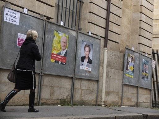Panneaux électoraux à Bordeaux (SB/Rue89 Bordeaux)
