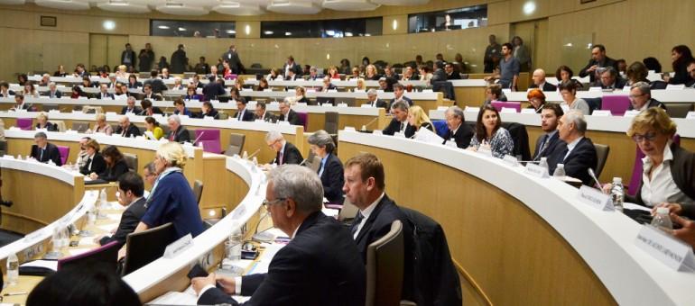 Premiers pas des conseillers régionaux à Bordeaux