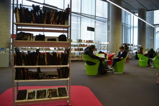Installation Sprit par Julien Diez au premier étage de la bibliothèque Meriadeck (AD/Rue89 Bordeaux)