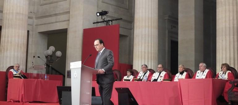 François Hollande devant les futurs magistrats, à Bordeaux (SB/Rue89 Bordeaux)