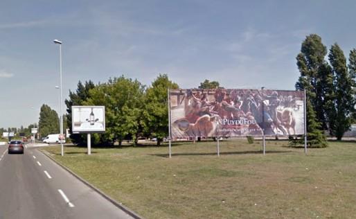 Affichage de 50 m2 et de 12 m2, à proximité de l'aéroport Bordeaux-Mérignac (Google Street)