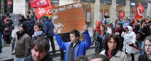 Salariés, précaires, lycéens et étudiants ont fait cortège commun (XR/Rue89 Bordeaux)